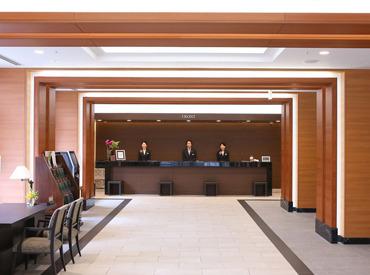 【フロントSTAFF】*:・゜古都京都のホテルで働きませんか?。*:好アクセスの「京都駅」スグで通勤便利◎頑張り次第で正社員になれる環境です!