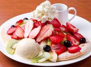 #かわいい#オシャレ#カフェ好きさん必見 パンケーキ以外にもSNS映えするMENUがたくさん♪ワクワクしながら働けます★