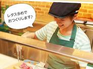 SUBWAY 静岡パルシェ店♪ ぷりっぷりのエビや、シャキシャキのレタスetc…具材たっぷりのサンドイッチが大人気です☆
