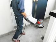 専門知識が要るような、難しい作業はありません♪掃除用の機械も、「スイッチを入れて押すだけ」などとってもシンプルなんです★