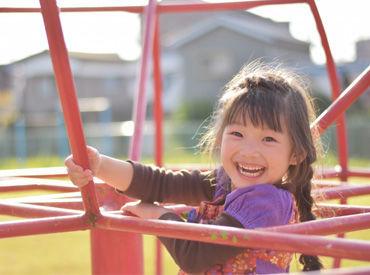 子どもの笑顔に癒されながらお仕事ができますよ◎ ※写真イメージ