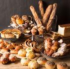 """上品で美味しいパンを約50種類取り揃え◎ 「また食べたい!」「もっと食べたい!」 そんなファンが後を絶たない""""JEAN FRANCOIS""""*"""
