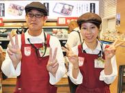 名駅近くで通勤もしやすい◎ 事務所へ出勤後、名駅構内の店舗で勤務します♪ 乗り換え駅として外出ついでに働くスタッフも多数!
