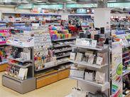 来店する度新しいワクワクが楽しめる♪ 一般文具だけでなく「輸入ステーショナリー」「本物志向の和雑貨」など幅広く取り揃え!