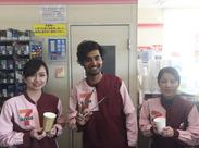 留学生の方も大歓迎!日常会話程度の日本語が話せればOKです★スタッフはみんな仲良しでアットホームです♪