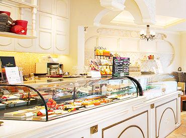 【洋菓子店スタッフ】\上質なベルギーチョコの専門店♪/汐留駅スグ!イタリア街のオシャレなお店☆彡客層も働きやすさも◎週2日~4hから勤務OK!