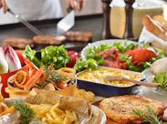 <経験者・調理学校卒の方、積極採用中♪>働きながら、様々な料理の知識&スキルが身につくのでスキルアップも可能です!!