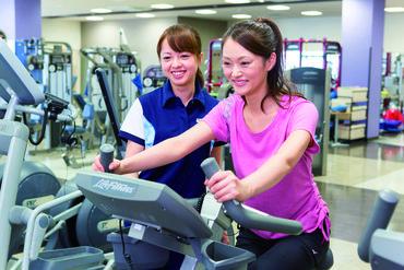 """施設利用は""""タダ""""で楽しめます! お仕事終わりに鍛えたり、軽く運動したりなど 楽しく働きながら稼げますよ♪"""
