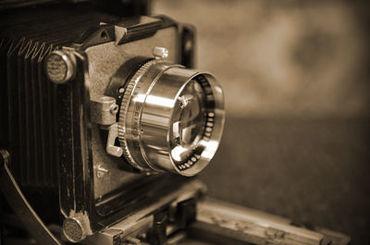 <写真館で働く> 一生残る記念写真を最高のものに♪ 制作としてスキルをつけたいという方など、 夢にも一歩近づけます!