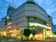 ――*◆ホテルの顔となるフロントスタッフ◆*―― おもてなしの心で接客をしています! 経験者は、その経験を活かしましょう◎