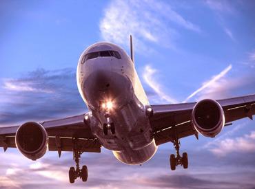 【羽田空港内の荷物管理&カート移動スタッフ】☆★*レアバイト*★☆選べる時間帯、WワークOK!!羽田空港内で旅客者のスーツケースを乗せるカートを整理するスタッフを募集