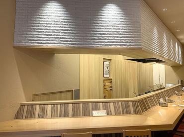 温かな雰囲気で『極上の天ぷら』をご提供 飲食店のバイトが初めての方も大歓迎! 接客スキルも自然と身に付きますよ~♪