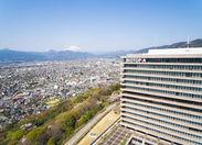 富士山・箱根・丹沢・相模湾・足柄平野を望む自然環境に恵まれた、この広大な土地に先月ブルックスの新事業がOPEN!!