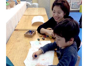 難しいことはありません♪ 子どもたちと一緒に楽しい時間を 過ごすことが大切★ 綺麗な施設で働きやすさも◎