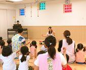 «朝のお歌の時間♪*»みんな元気いっぱい!子どもから元気をもらうことも◎新しいきれいな保育園で働きませんか?