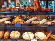 ◆2018春にオープンしたばかり◆ アクセス抜群!軽井沢駅構内のカジュアルなパン屋さんでスタッフを大募集!
