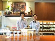 珈琲舎のだは1966年に創業した老舗です! 店内は老舗ならではの雰囲気です♪ 未経験者さんも、私達がしっかりサポートしますよ!