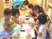 アットホームで家庭的な施設♪学年が違う子どもたちが同じ作品を作ることで下級生は大きな刺激を受けています!