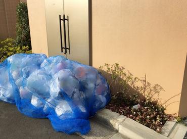 とにかくカンタン♪ 家庭ゴミをゴミ収集車に入れるだけ◎ ちょっとした運動にもなりますよ!