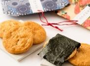 """煎餅を通して、日本食の素晴らしさを伝えるために、""""手作り""""にこだわっています◎研修で丁寧に教えるので、ご安心ください。"""