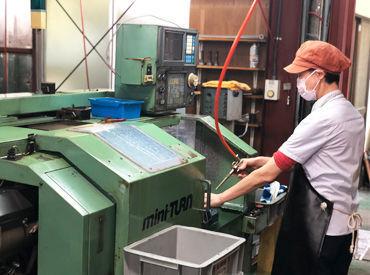 「金属の加工って専門知識がいるのでは…?」 →不要です★機械に部品をセットするだけで完成! 1度コツをつかめられれば簡単♪