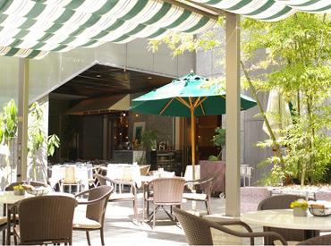 【カフェSTAFF】< 365日 お客様を想うカフェ >「食」を通じて、人と人とを結びつけるお仕事です。食べること、楽しむことが好きな方に!