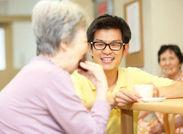≪働きながら学べる≫介護技術研修をしっかり行っているので、未経験の方も安心!