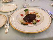 開放的でキレイなホテル内レストランでのお仕事。あなたが作る料理でお客様を幸せに!!