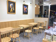 社割で美味しいお茶を…♪ カフェスペースもあり、落ち着いた空間☆ スーパーの中にあるのでお仕事終わりにお買い物もできます!