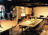 ≪オフィスはカフェの中!?≫ 決まったデスクはなく、 自分の好きな場所でゆったりお仕事♪*。 自分のペースで働けます◎