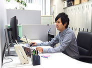 時給1200円Start★シフトの融通も◎土日祝はお休みです♪ 髪色・ネイル・ピアス・ヒゲOK!あなたらしいスタイルで働けます◎