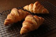世界的グルメガイドで計7つの星を獲得した一流フレンチレストランの展開するパン屋です★未経験の方もぜひご応募ください!