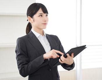 いろいろなお客様との接し方も身につきますよ♪ 頑張った分がお給料に反映されるのも、やりがいのひとつ◎ ※写真はイメージです