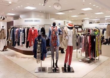 【販売STAFF】販売が初めての方でも丁寧にサポートします!お洋服が好きな方大歓迎☆