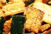 【販売スタッフ】~老舗の和菓子店【坂角総本舗】~伝統の技とこだわりの素材を活かした一品!ちょっとした贈り物としても大人気です♪