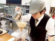 【ブックファースト】×【カフェ】で安定して働きませんか? ゆくゆくは社員となり、キャリアUPを目指していただける方大歓迎◎