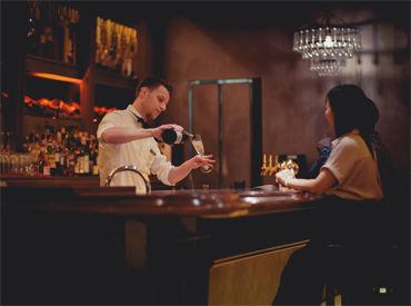 ≪NYの人気ステーキハウス*≫ リピーター多数の人気店♪ あなたらしい接客でお客様をおもてなしください!