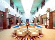 開放的なきれいなホテルで働きませんか?未経験でも大歓迎★幅広い年代の方が活躍中です♪