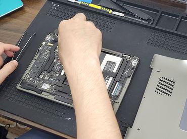 パソコンなどのトラブルを解決★ 依頼内容に応じて修理をしていきます! ※経験に応じた業務内容をご用意♪