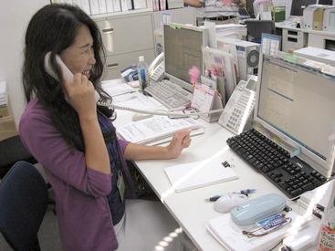 ≪未経験OK!≫ もちろん、コールセンターでの 勤務経験がある方は大歓迎です◎ 30代女性スタッフ活躍中★
