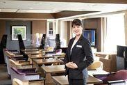 ホテルの7Fにあるクラブラウンジのコンシェルジュのお仕事です◎社員食堂も利用できますよ♪週2日、1日4時間~OKです(^^)/