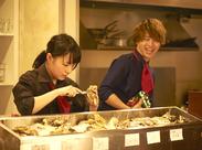 \学生・主婦STAFF大活躍中!/未経験でも色々なメニューを調理できます♪料理のスキルはきっと日常生活にも役立ちますよっ☆