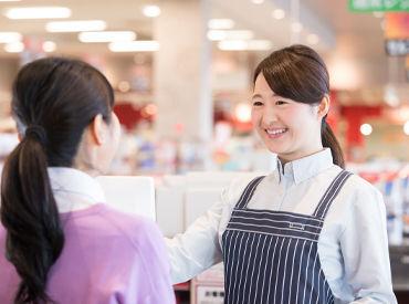 関東166店舗展開の大手スーパーでのオシゴト♪イロイロ両立できちゃうシフト&充実の待遇で、あなたをお待ちしています☆