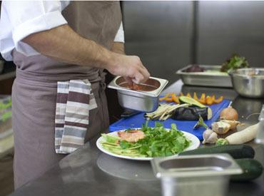 【ホール】◆OPENING大募集◆有機栽培だけの食材が大人気♪「こだわりのお店で働きたい」「フレンチを極めたい」⇒そんな方に◎