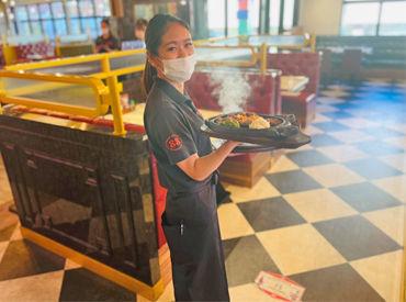 <美味しいステーキでお客さまをHAPPYに♪> 地元の方・県外の方・海外の方など、毎日たくさんのお客さまが来店されます◎
