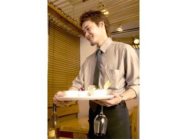 【マネジャー候補】\マネージャー候補大募集/マロニエゲート銀座店にてパンの販売・カフェ・レストラン◆接客経験とパンに興味がある方歓迎◆