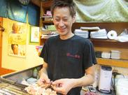 毎日笑いが絶えないお店★自称29歳の店長は親しみやすさ抜群です!「将来居酒屋やりたいです」っていう方も大歓迎♪