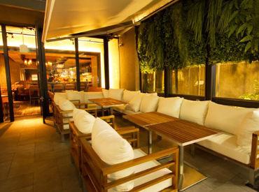 【カフェSTAFF】◆ 中目黒駅からほど近いお洒落CAFE ◆緑溢れるオープンテラスが心地良い♪ラグジュアリー×カジュアルの融合を楽しめます★