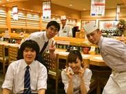 【留学生も大歓迎】 お店には多くの観光客も来店します☆ 英語や中国語が得意な方や、勉強中の方にぴったりのお仕事!