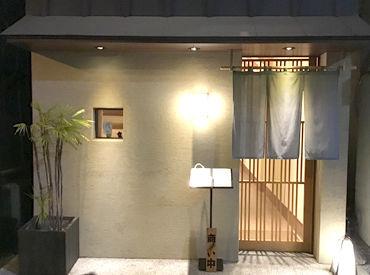 隠れ家っぽさが◎ マナーが厳しい雰囲気はないので、 どなたでも落ち着いて接客できます!